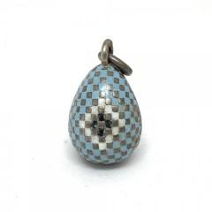 Подвеска в виде пасхального яйца с выемчатой эмалью
